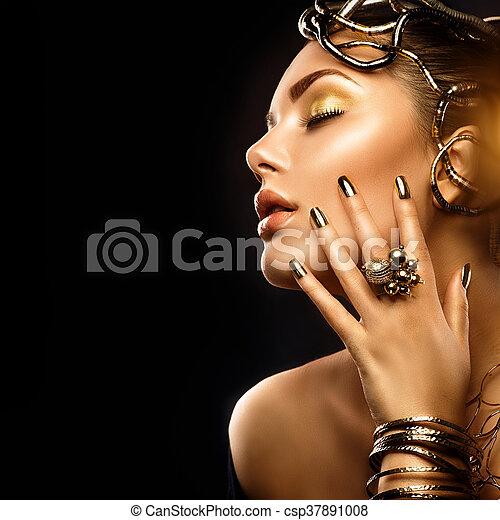 goldenes, frau, schoenheit, nägel, aufmachung, accessoirs, mode - csp37891008