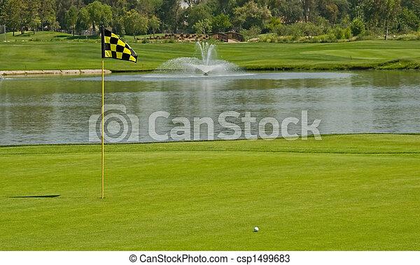 Jugando al golf - csp1499683