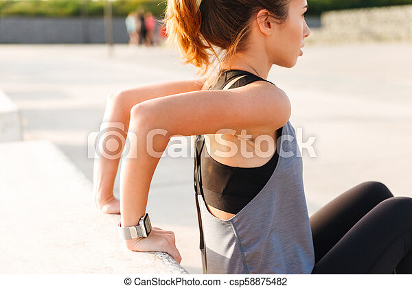 Gorgeous beautiful young sports woman - csp58875482