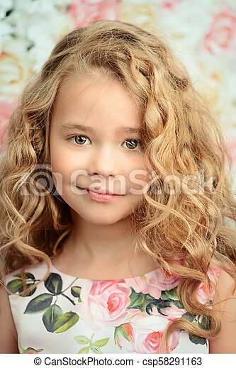 Possible tell, girls with blonde curly hair have advised