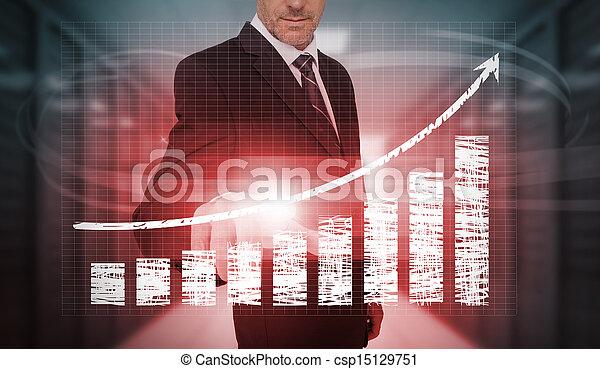 Empresario presionando carta roja y flecha interfaz - csp15129751