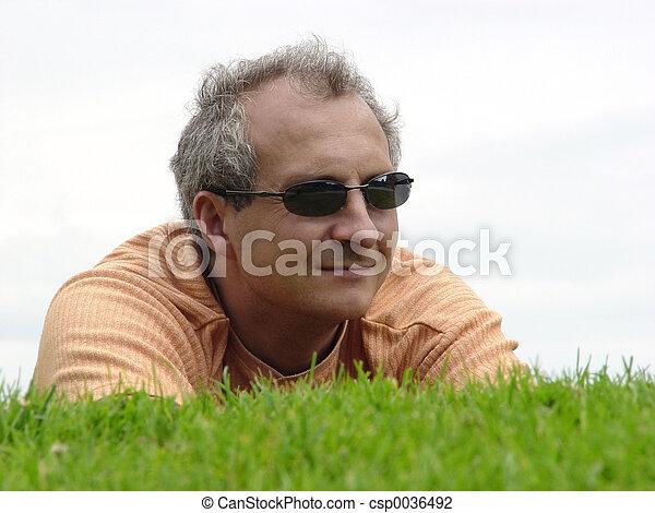 græs, mand - csp0036492