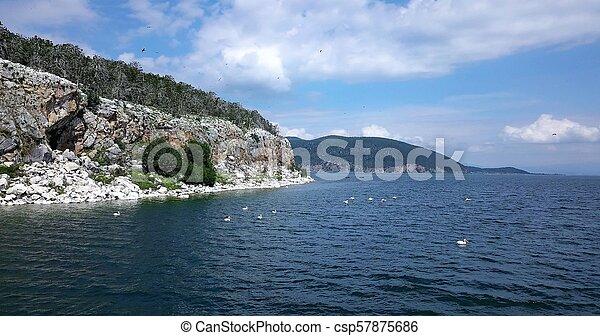 grad, golem, prespa, lago, ilha - csp57875686
