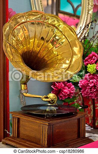 Gramophone - csp18280986