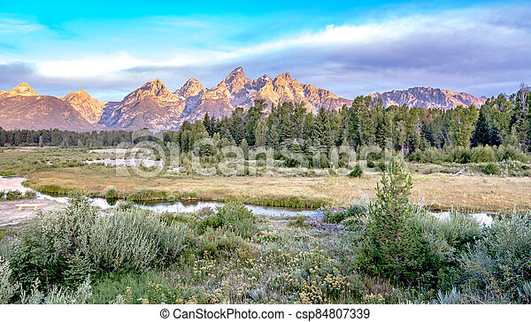 grand teton national park in wyoming early morning - csp84807339