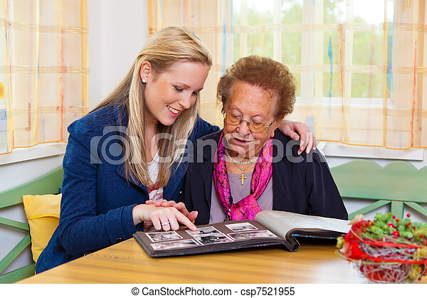 grandchild visits grandmother - csp7521955