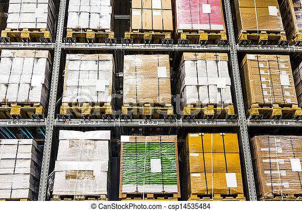 Gran almacén de muebles - csp14535484