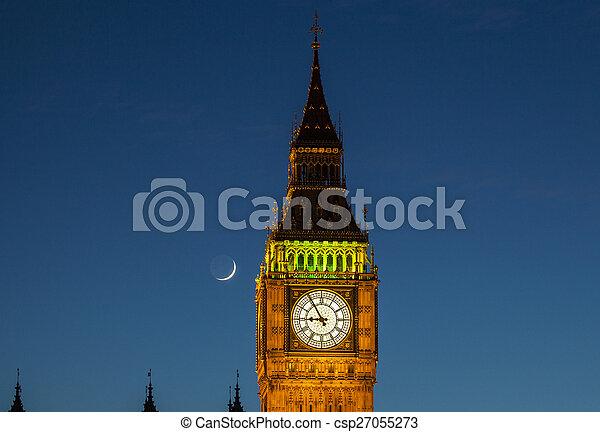 Big Ben y la luna al atardecer - csp27055273