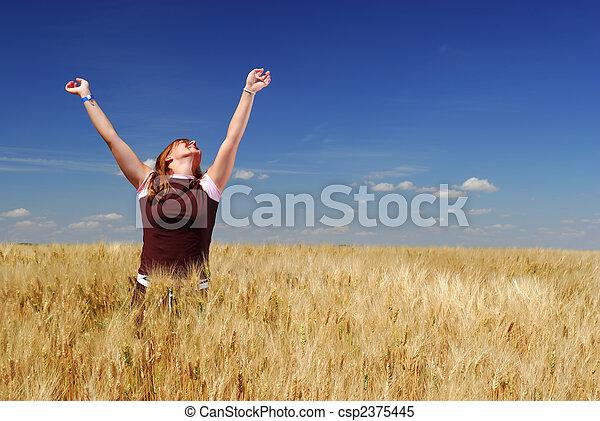 Felicidad en la granja - csp2375445