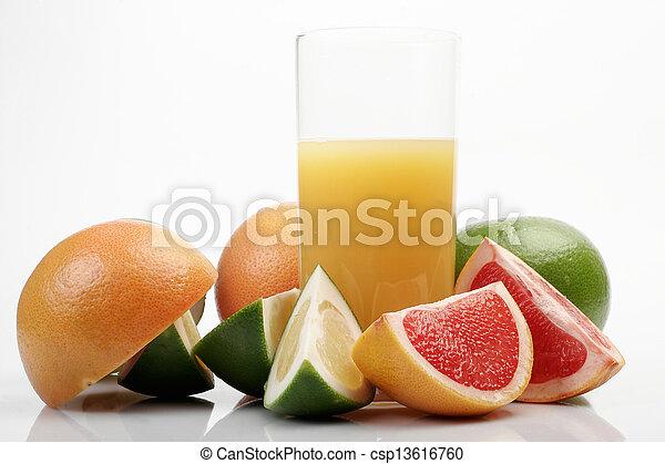 Grapefruit & juice - csp13616760