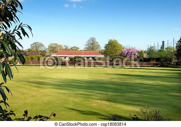 grass field yard to house - csp18083814