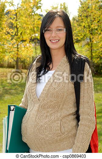 gravidez adolescente - csp0869403