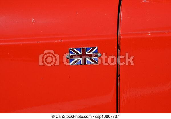 great britain s flag on oldtimer car