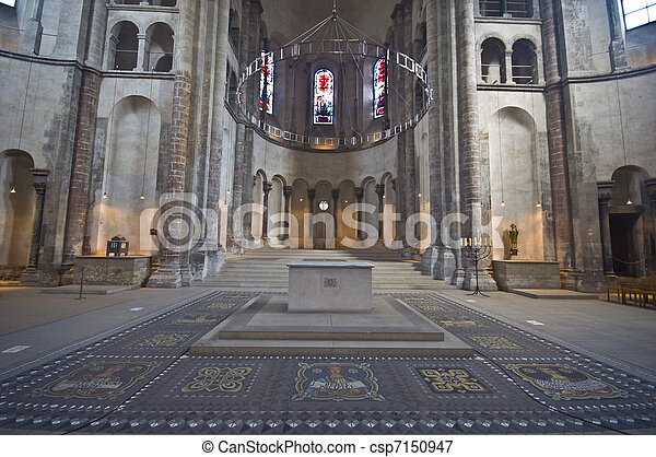 Great St. Martin church - csp7150947
