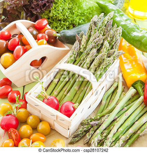 Green asparagus and other fresh vegetables - csp28107242