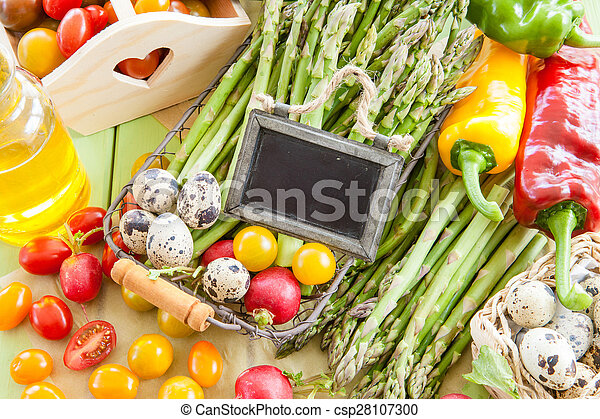 Green asparagus and other fresh vegetables - csp28107300