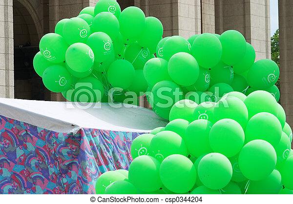 Green baloons - csp0344204