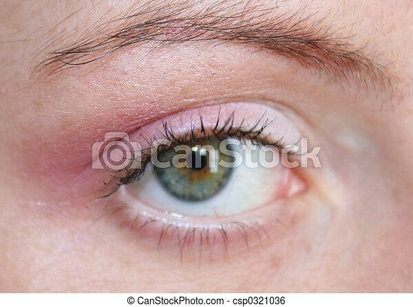 green eyed woman - csp0321036