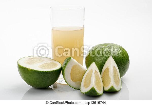 Green grapefruit & juice - csp13616744