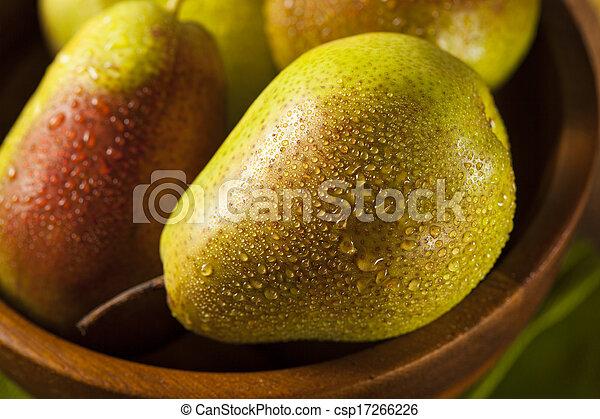 Green Organic Healthy Pears - csp17266226