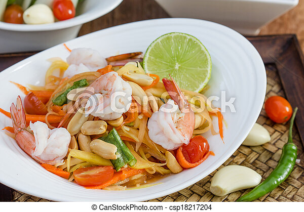 green papaya salad thai food - csp18217204
