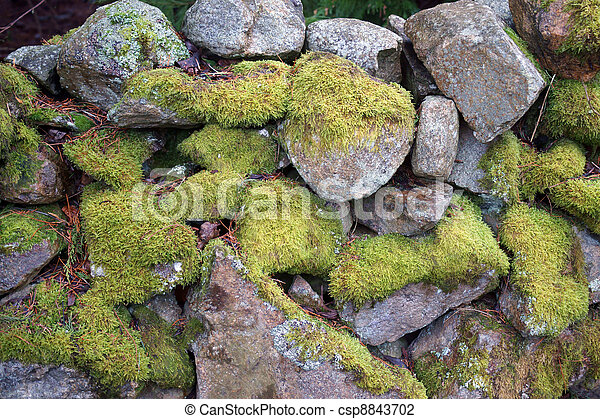 green stone wall weathered - csp8843702