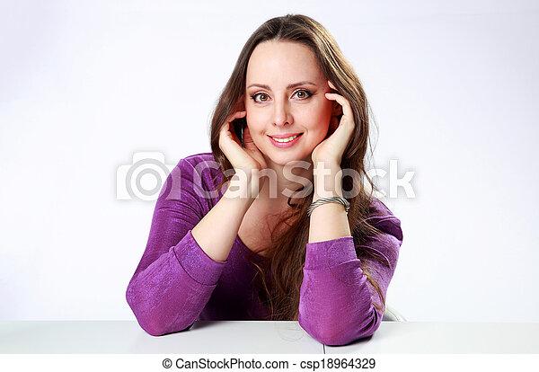 grijs, vrouw zitten, achtergrond, tafel, vrolijke  - csp18964329