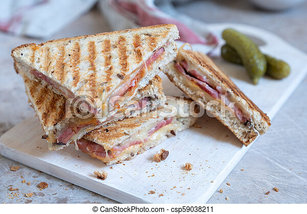 Grilled cheese sandwich with ham - csp59038211
