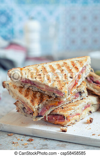 Grilled cheese sandwich with ham - csp58458585