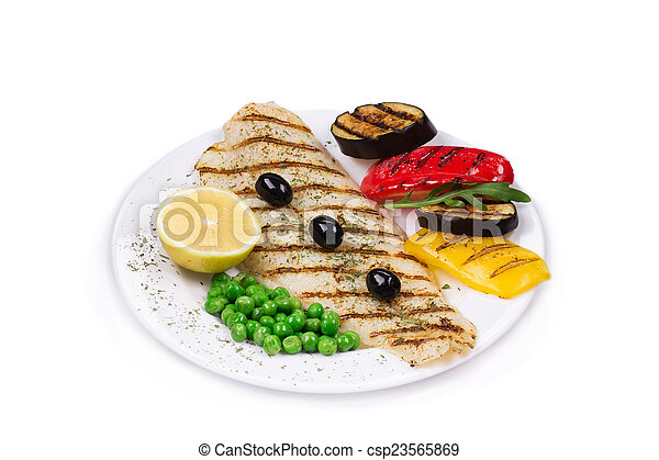 Grilled fish with vegetables - csp23565869