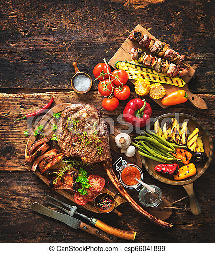 Grilled meat and vegetables - csp66041899