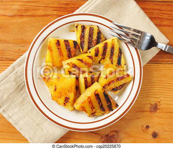 Grilled pineapple - csp20225870