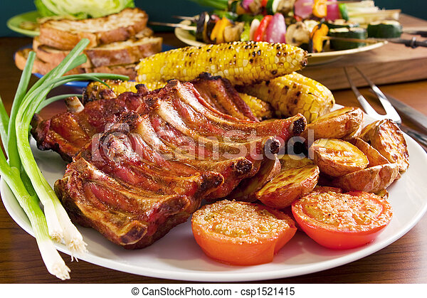 Grilled pork ribs and vegetables - csp1521415