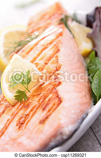 grilled salmon - csp11269321