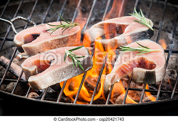 Grilled salmon - csp20421743