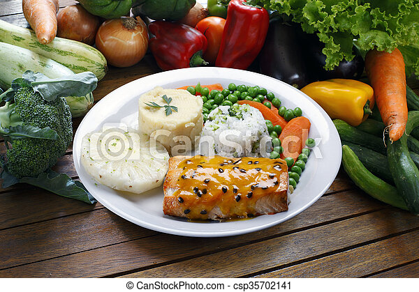 grilled salmon - csp35702141