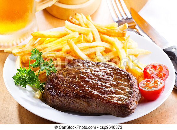 grilled steak - csp9648373