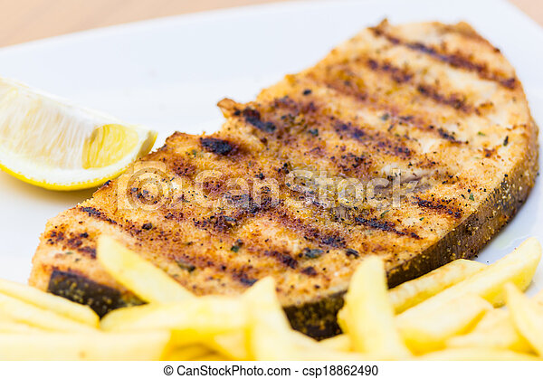Grilled swordfish - csp18862490