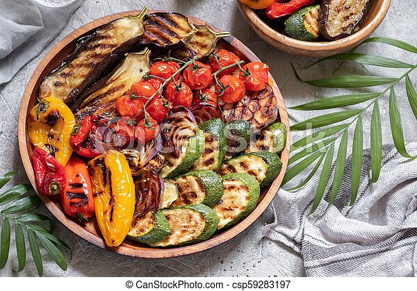 Grilled vegetables platter - csp59283197