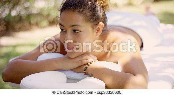 grina, bord, utanför, kvinna, massera - csp38328600