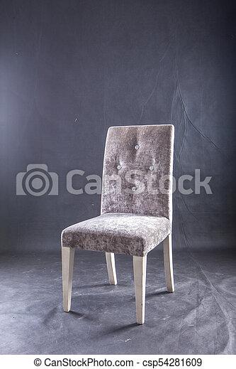 El viajero Gray Shot del sillón en el estudio, - csp54281609