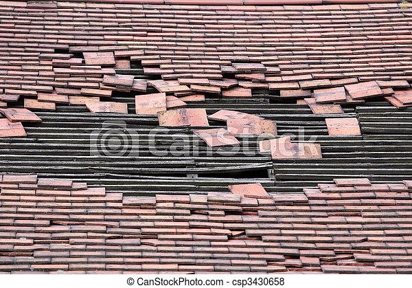groß, beschädigt, loch, dach - csp3430658