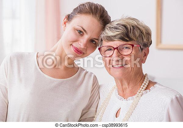 großmutter, schließen, enkelin, verwandte, zwischen - csp38993615