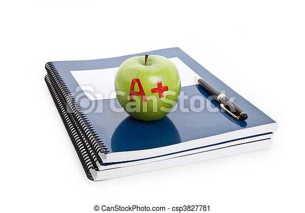groene appel, schoolboek - csp3827781