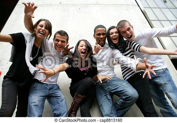 groupe jeunesse, poser, photo - csp8813160