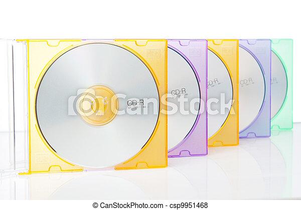 CD grupal en cajas de colores. En un fondo blanco. - csp9951468