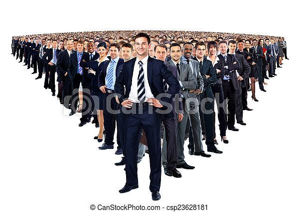 Un gran grupo de empresarios - csp23628181