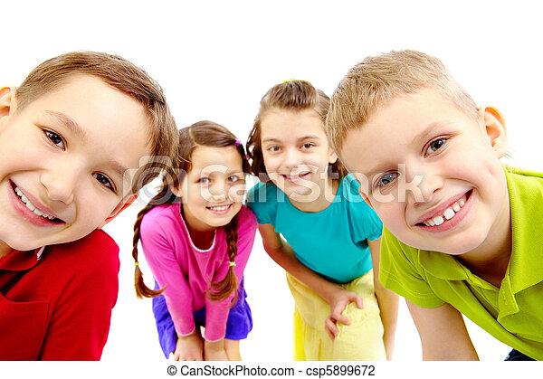 grupo, niños - csp5899672
