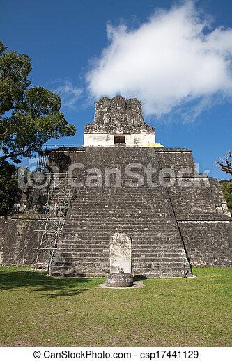 guatemala, tikal - csp17441129