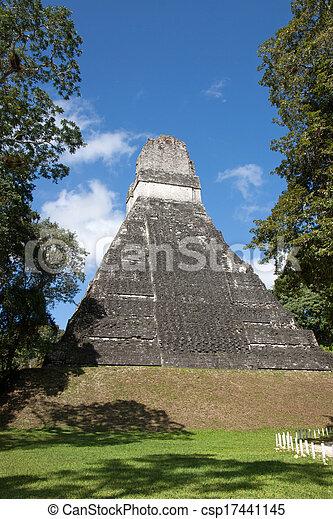 guatemala, tikal - csp17441145